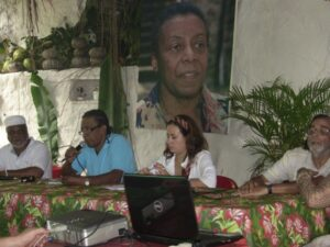 Quilombo Sacomã leadership present the case to INCRA anthropologist.