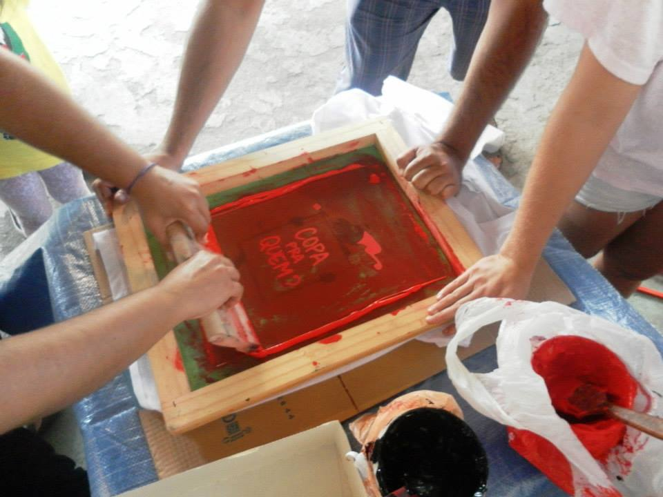 All hands on deck to create T-shirts