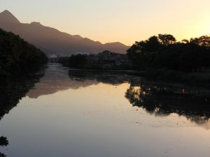 Canal do Cunha in Manguinhos. Photo from Facebook page of Observatório da Sub-bacia Hidrográfica do Canal do Cunha
