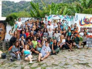 With debris cleared, minds enriched, and murals painted, the exchange came to a close. Photo by Luiza de Andrade