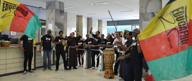 Educafro students invade the Ministry of Agriculture in Brasília. Photo: Antonio Cruz, Agencia Brasil