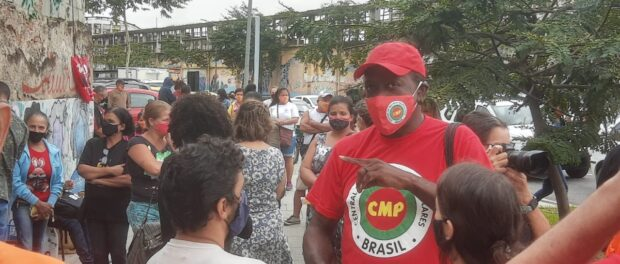 Roberto Gomes Iberu, social scientist in action with the organized society in the port zone. Photo: personal archive