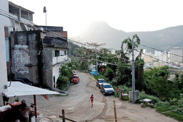 Estradinha: view of the community